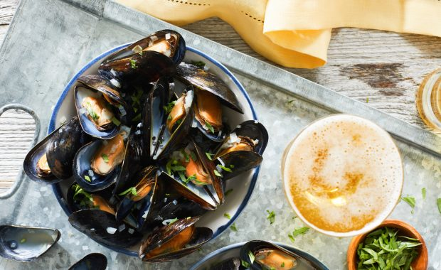 Mussels with Cider Butter